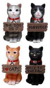 【送料無料】猫 ネコ キャット 置物 ミニ#four assorted mini cats with funny signs the feisty felines 4034;h each figurine