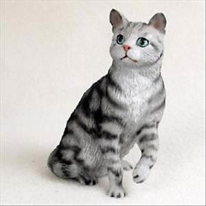 【送料無料】猫 ネコ キャット 置物 イヌsilver tabby cat sitting hand painted canine collectable figurine statue