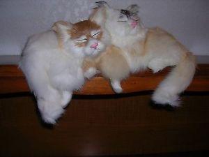 【送料無料】猫 ネコ キャット 置物 ウサギrealistic lifelike two cats rabbit fur furry animal c347ca