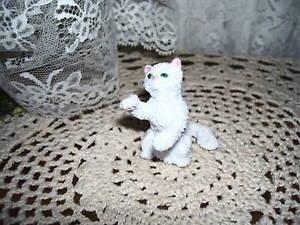 【送料無料】猫 ネコ キャット 置物 white cat figure 1994 topps