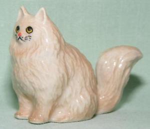 【送料無料】猫 ネコ キャット 置物 ミニチュアペルシャklima miniature porcelain animal figure fawn persian cat sitting tail up k227