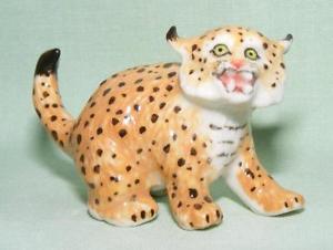 【送料無料】猫 ネコ キャット 置物 ミニチュアklima miniature porcelain animal figure wild cat standing l956