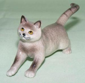 【送料無料】猫 ネコ キャット 置物 ミニチュアklima miniature porcelain animal figure chartreux cat playing l765
