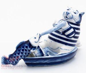 【送料無料】猫 ネコ キャット 置物 ロシアgzhel russian handpainted porcelain figurine big fat cat fishing on a boat