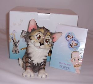 【送料無料】猫 ネコ キャット 置物 pets with personality ベラpets with personality her name is bella cat