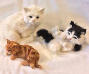 【送料無料】猫 ネコ キャット 置物 リアルウサギrealistic lifelike cat playing rabbit fur furry animal lot of 3