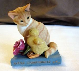 【送料無料】猫 ネコ キャット 置物 アーティストアヒルネコ