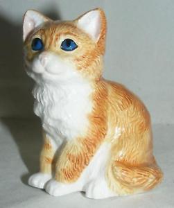 【送料無料】猫 ネコ キャット 置物 ジョンジンジャージン