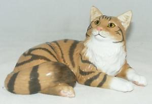 【送料無料】猫 ネコ キャット 置物 ジョンコレクションブラウン