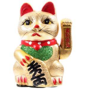 【送料無料】猫 ネコ キャット 置物 maneki neko waving cat, eyes open 21cm