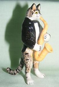 【送料無料】猫 ネコ キャット 置物 ミニチュアサックス