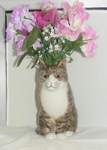 【送料無料】猫 ネコ キャット 置物 ウズラセラミックスフラワー##quail ceramics moggy cat flower vase 034;millie034; large 970