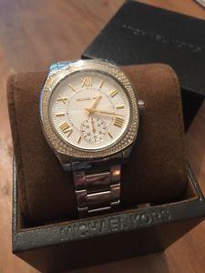 【送料無料】腕時計 ウォッチミハエルトーンステンレススチールドルnwt michael kors luxury mk6277 bryn twotone stainless steel watchn275