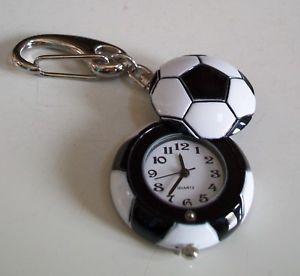 【送料無料】腕時計 ウォッチキーチェーンファッションウォッチサッカーボールクリップboys or girls cool soccer ball clip on keychain fashion watch