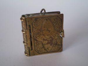 【送料無料】腕時計 ウォッチアンティークブックデザインペンダントフォブcharming antique brass book design double sided pendant or fob
