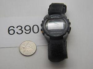 【送料無料】腕時計 ウォッチビンテージメンズトロンデジタルvintage watch mens armitron digital runs good 6390