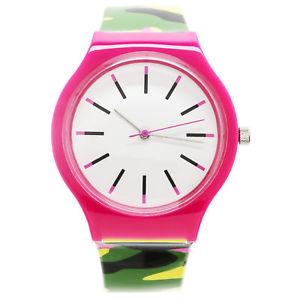 【送料無料】腕時計 ウォッチプラスチックウォッチxhilaration womens plastic camo watch
