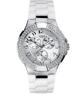 【送料無料】腕時計 ウォッチオリジナルホワイトクリスタルウォッチ guess women waterpro white crystal watch g10583l with original guess box