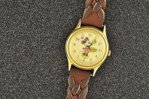 【送料無料】腕時計 ウォッチヴィンテージクォーツミニーマウスレディースウオッチメーカーvintage quartz minnie mouse ladies wristwatch