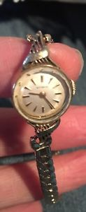 【送料無料】腕時計 ウォッチビンテージレディースゴールドウィットウォッチvintage ladies gold filled wittnauer watch