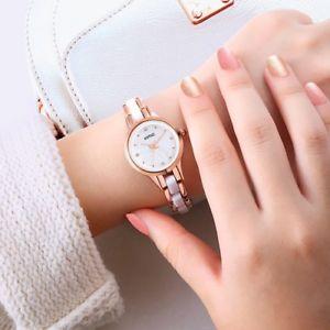 【送料無料】腕時計 ウォッチレディースフルスチールブレスレットシルバーfemale watch ladies full steel silver women girl quartz bracelet wristwatches