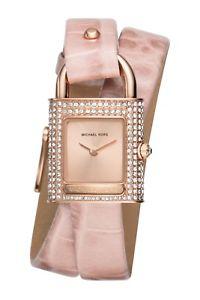 【送料無料】腕時計 ウォッチミハエルエンボスレザーダブルラップストラップピンクローズゴールドドルウォッチmichael kors isadore pink embossed leather double wrap strap rosegold watch 250