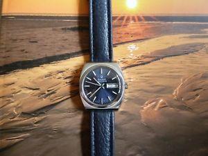 腕時計 ウォッチチューニングフォークウォッチbulova accutron 2182 day date tuning fork watch, 1974, beautiful