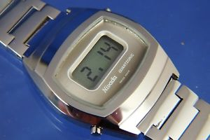 腕時計 ウォッチonicデジタルneues angebotvintage nivada quartzonic quartz lcd digital watch 1970s nos v rare esa 9315