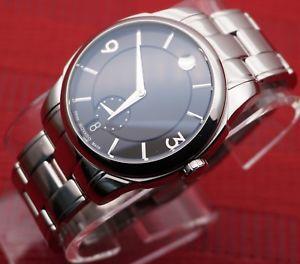 【送料無料】腕時計ウォッチスイスステンレスメンズモデルドルauthenticswissmovadolxstainlesssteelmodel0606626menswatch,retail1395