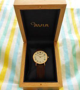 【送料無料】腕時計 ウォッチクラシックメンズオリジナルボックスソリッドゴールドウォッチavia ~ classic ~ mens 9ct9k solid gold watch with original box