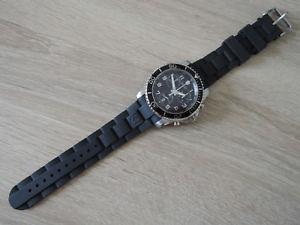 腕時計 ウォッチクロノグラフmontre chronographe victorinox quartz ref 241431 nos chronograf