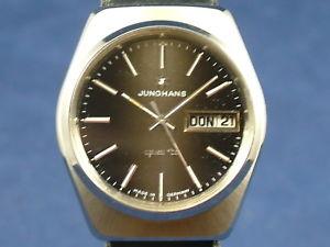 【送料無料】腕時計 ウォッチビンテージクオーツスイスgents nos vintage junghans astro quartz watch 1970s swiss cal 66701
