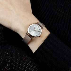 腕時計 ウォッチソロテンポメッシュローズゴールドorologio trussardi donna tgenus solo tempo mesh rose gold r2453113501