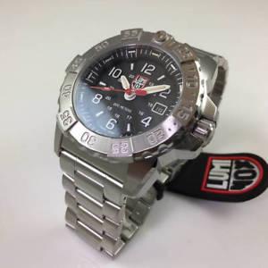 【送料無料】腕時計 ウォッチメンズシールスチールダイバーmens luminox navy seal steel divers 200 m watch xs3252