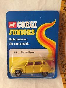 【送料無料】模型車 モデルカー スポーツカーコーギージュニアシトロエンcorgi juniors citroen dyane