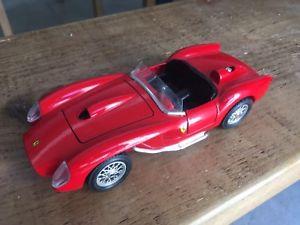 【送料無料】模型車 モデルカー スポーツカーフェラーリテスタロッサスケールburago ferrari 250 testa rossa 124 scale *great condition*