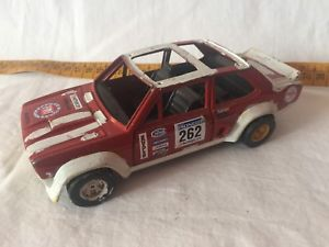 【送料無料】模型車 モデルカー スポーツカーフィアットタイプラリー 124 fiat 131 type rally used