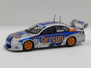 【送料無料】模型車 モデルカー スポーツカーフォードハヤブサモータースポーツ143 ford ba falcon larkham motorsport mwinterbottom 2004 20 carlectables