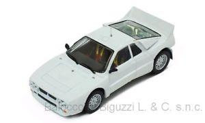 """【ふるさと割】 【送料無料】模型車 モデルカー スポーツカーネットワークモデルランチアラリーホワイトプレーンボディバージョンjm2185947ixo model mdcs 013 lancia 037 rally evo white 1985 plain body version, 美美波""""viviva-beauty&accessory 27bc2140"""