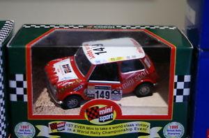 【送料無料】模型車 モデルカー スポーツカーコーギーミニネットワークラリーcorgi mini 04427 1997 network q rally in 136