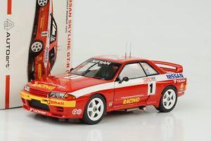 【送料無料】模型車 モデルカー スポーツカースカイライン#1992 nissan skyline gtr r32 1 winner bathurst 118 autoart
