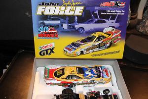 【送料無料】模型車 モデルカー スポーツカージョンフォース#;john force 034;norwalk experience034; funny car 124, signed