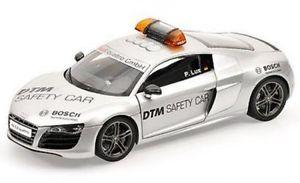 【送料無料】模型車 モデルカー スポーツカーアウディセーフティカーaudi r8 52 safety car dtm 2010