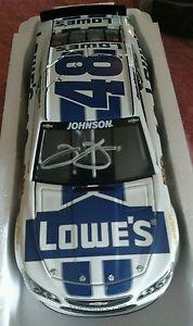 【送料無料】模型車 モデルカー スポーツカーサインジミージョンソンロウ#hand signedautographed jimmie johnson 2014 lowe039;s white and blue