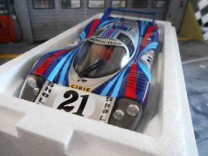 【送料無料】模型車 モデルカー スポーツカーポルシェロングテールルマン#マティーニporsche 917 l long tail le mans 1971 20 elford larrousse martini cmr resin 118