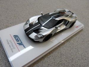 【送料無料】模型車 モデルカー スポーツカーフォードシカゴオートプラネグロford gt 2015 chicago auto mostrar plata negro coche a escala tsmmodel 143