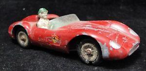 【送料無料】模型車 モデルカー スポーツカーミニチュアフェラーリタイプフランススケールcar miniature solido ferrari type 500 trc scale 143 made in france b1856