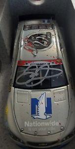 【送料無料】模型車 モデルカー スポーツカーデイルアーンハートジュニア#サインキャリアフラッシュコート2017 dale earnhardt jr 88 autographed nationwide 25th career win flash coat coa