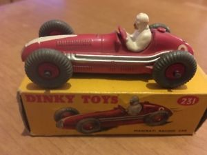 【送料無料】模型車 モデルカー スポーツカーマセラティマセラティレースカーdinky toys maserati racing car