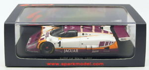 【送料無料】模型車 モデルカー スポーツカースパークモデルスケールジャガー#ルマンブランドルニールセンspark models 143 scale s4717 jaguar xjr9 1 le mans 1988 brundlenielsen